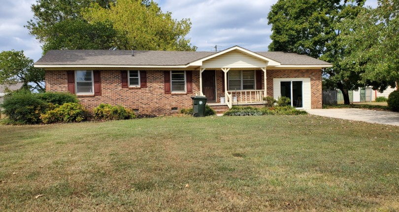 Real Estate & Personal Property Auction Event: 18516 Elles Drive, Athens, AL 35611